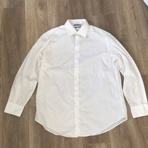 Men's large white button up collared dress shirt